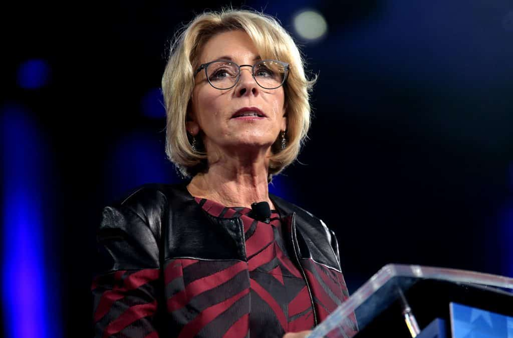Education Department awards student loan debt-collection contract to company with financial ties to Betsy DeVos